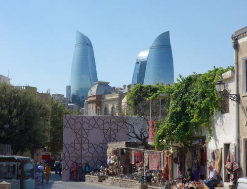 På besök i Baku