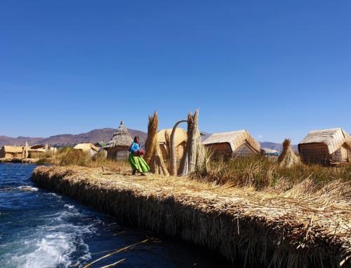Titicacasjön – besök på de flytande vassöarna
